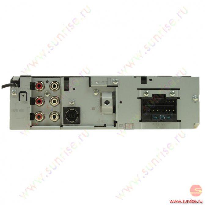 CD автомагнитола JVC KD-G727.