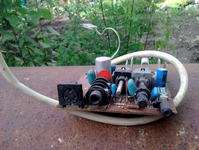 Как из старого телевизора сделать усилитель звука