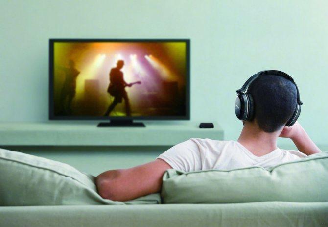 Как подключить наушники к телевизору LG и другим ТВ: опыт Хомяка