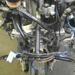 Крепление лобового обтекателя на передней вилке мотоцикла Yamaha YZF1000R Thunderace