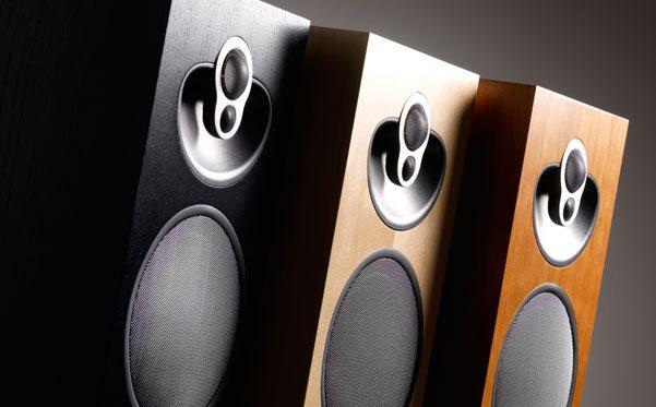 Majik 140 – это 4-полосные АС напольного типа, которые обладают потрясающим, просто магическим качеством звучания!