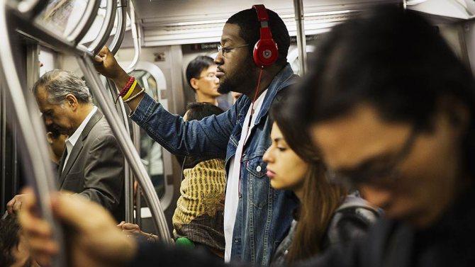 Nielsen назвала 2017 год годом музыкального стриминга