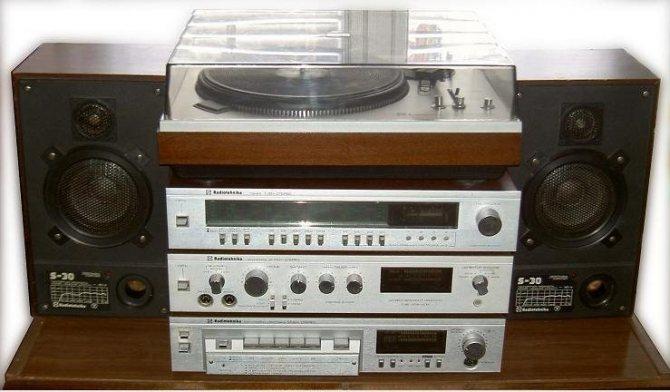 О комплекте Radiotehnika 101 стерео.