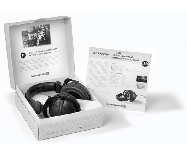 Упаковка нушников Beyerdynamic DT 770 PRO 32 Ohm LE(Limited Edition)