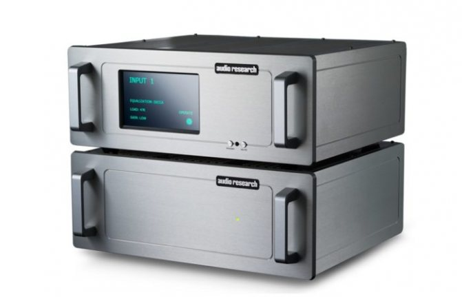 Высококачественный двухблочный High-End фонокорректор